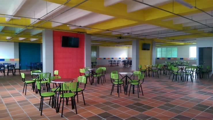 Cafeteria: Comedores de estilo  por Lina Rosas Diseño Interior