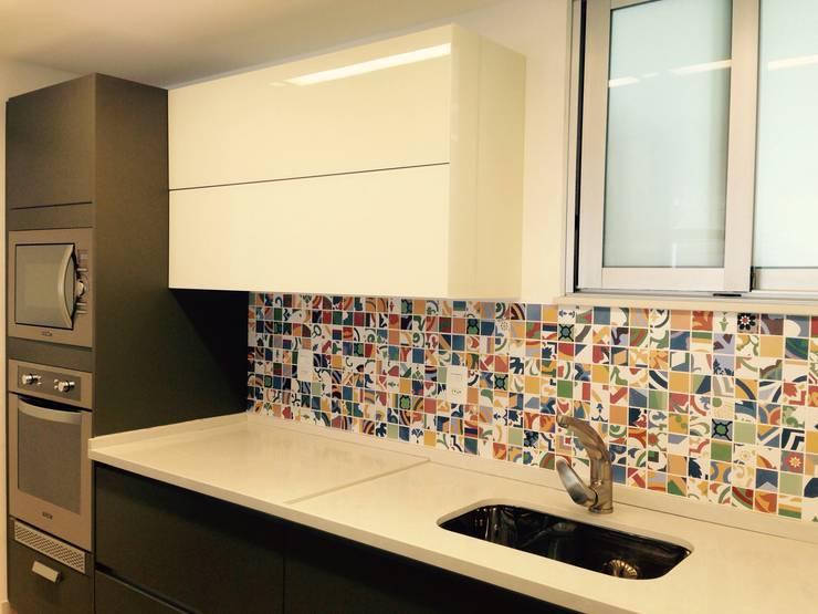 Cozinha: Cozinhas  por daniela kuhn arquitetura