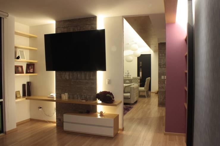 Combinaciones de colores para interiores ideas y ejemplos - Colores pintar casa interior ...