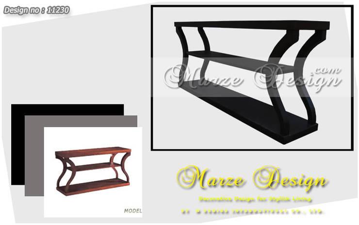 โต๊ะตกแต่งหลังโซฟาสีโอ๊คเข้ม:   by Marze Design