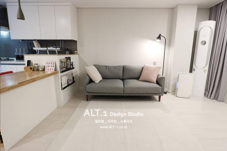 인천 만수동 만수주공아파트 4단지 아파트 인테리어: 알트원디자인스튜디오의  거실,