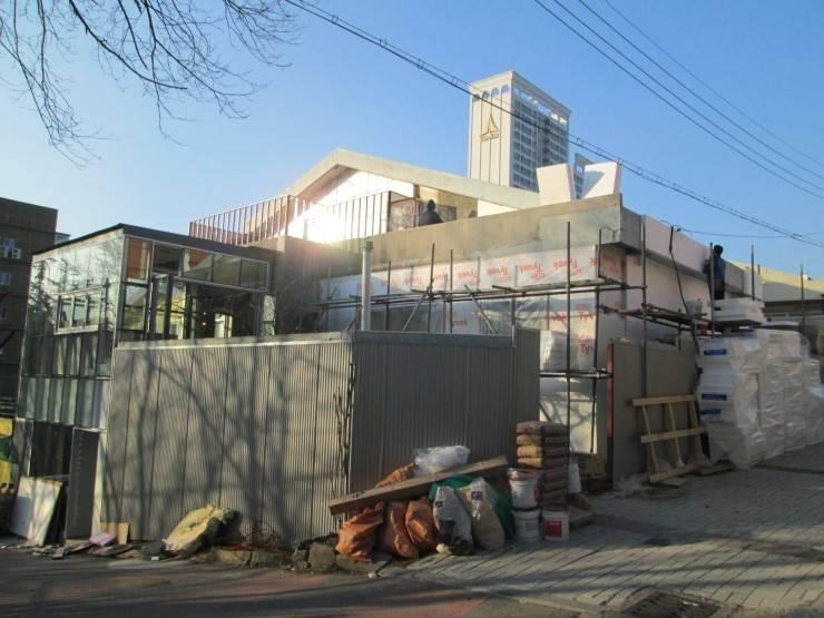 대구 황금동 리모델링: 위빌종합건설의  주택,