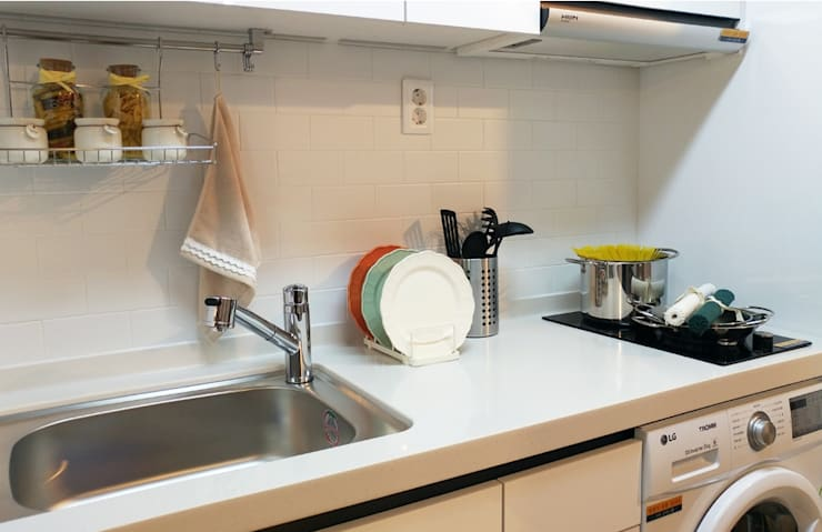 고양시 식사동 오피스텔 모델하우스 디스플레이 : 모린홈의  주방