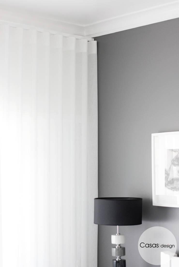 modern  by Casas com design, Modern