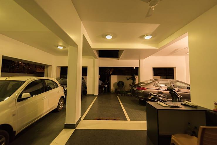 Corridor & hallway by Ankit Goenka
