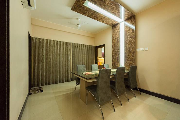 Sanchetna:  Dining room by Ankit Goenka
