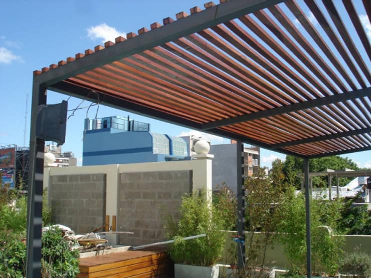 Terrazas de estilo  por Arquitecta MORIELLO