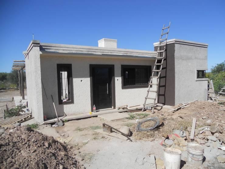 บ้านและที่อยู่อาศัย โดย Hornero Arquitectura y Diseño, เมดิเตอร์เรเนียน อิฐหรือดินเผา