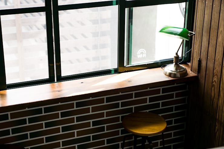 小平台為室內增加可種植花園的可能:  室內景觀 by Lee Design International 空間&室內設計