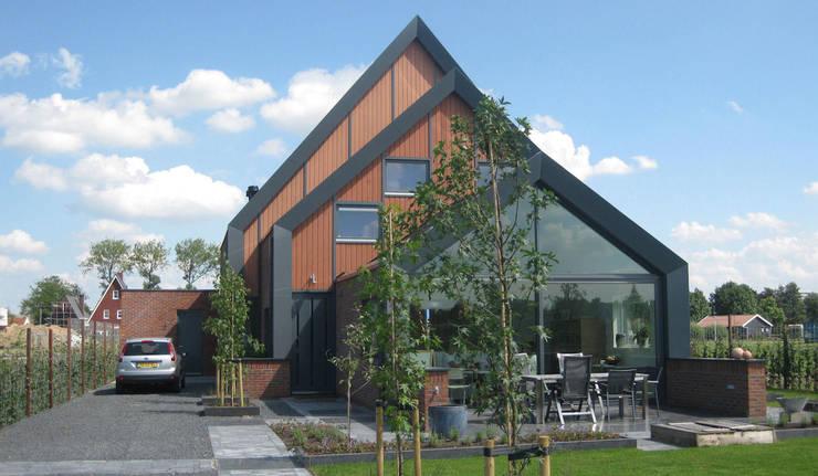 Woning Park Noord, Leidsche Rijn:  Huizen door Architectenbureau van den Hoeven b.v.
