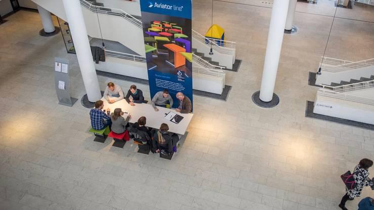 Aviator line®:  Kantoren & winkels door Klaaysen design B.V.