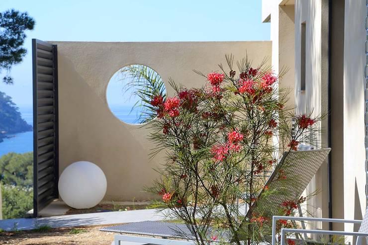 Garden  by Atelier Jean GOUZY