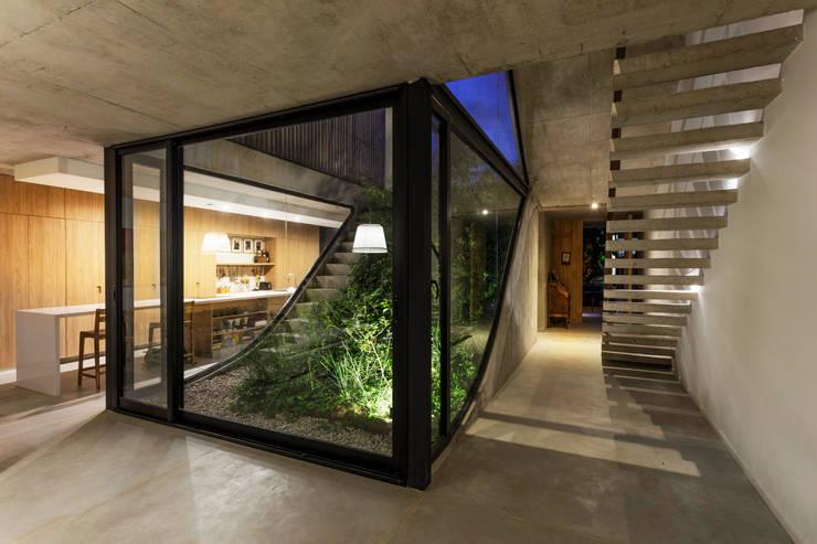 Гостиная в . Автор – BAM! arquitectura
