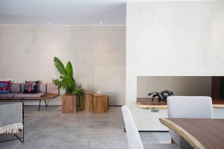Corridor & hallway by FGO Arquitectura