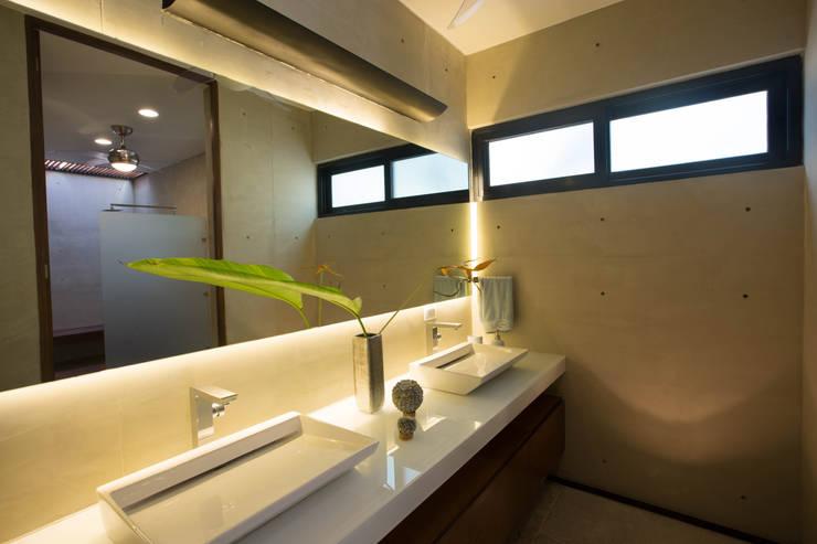 浴室 by FGO Arquitectura