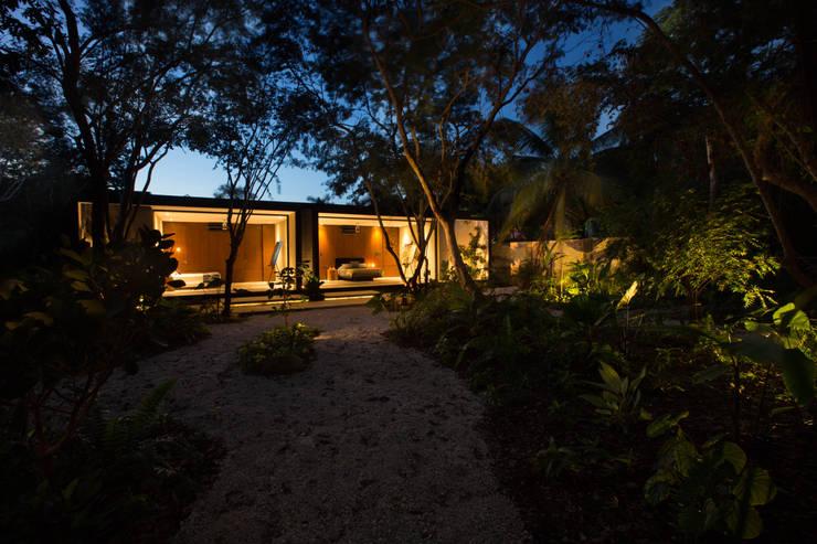 Casas de estilo moderno por FGO Arquitectura