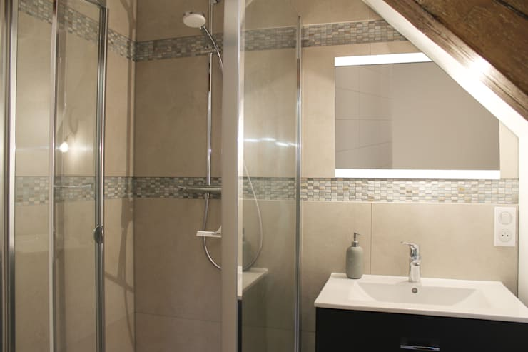 Modern Bathroom by Agence ADI-HOME Modern