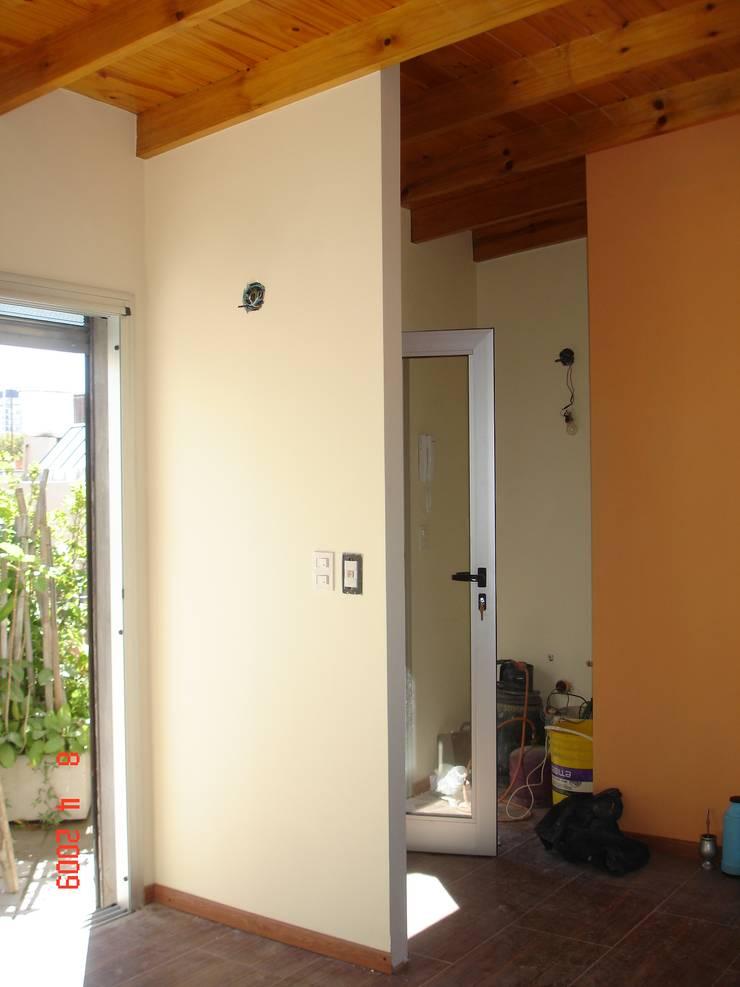 LOFT EN PALERMO: Comedores de estilo  por Arquitecta MORIELLO,