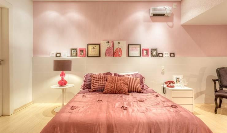 Dormitorios de estilo  por Aleggra Design & Arquitetura - Janaina Naves
