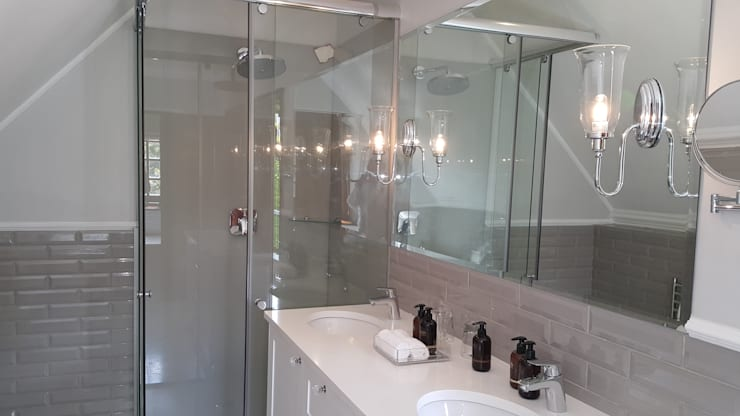 Steenberg Bathrooms:  Bathroom by Nailed it Projects