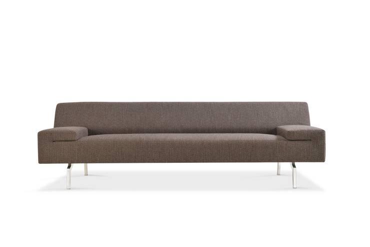 NOA sofa - design René Holten voor Moome: modern  door MOOME, Modern Textiel Amber / Goud