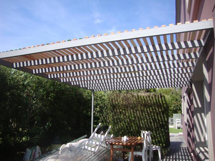REMODELACION CASA EN NORDELTA: Casas de estilo  por Arquitecta MORIELLO