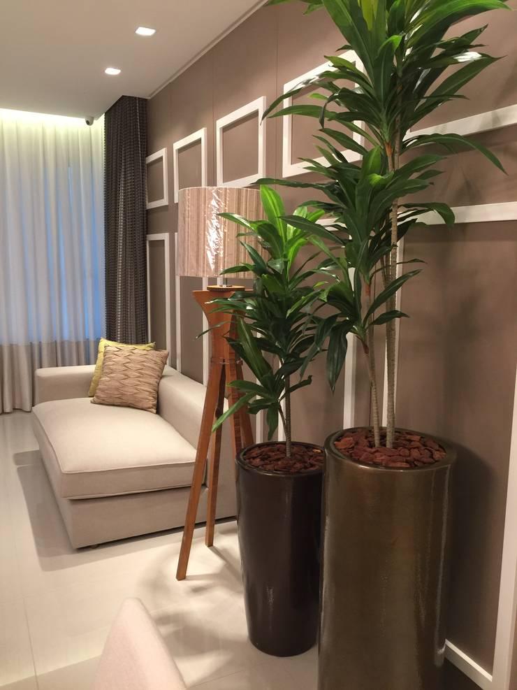Apartamento Luxo em Balneário Camboriú por Flávia Kloss Arquitetura de Interiores homify -> Vasos De Decoração Para Sala Pequena