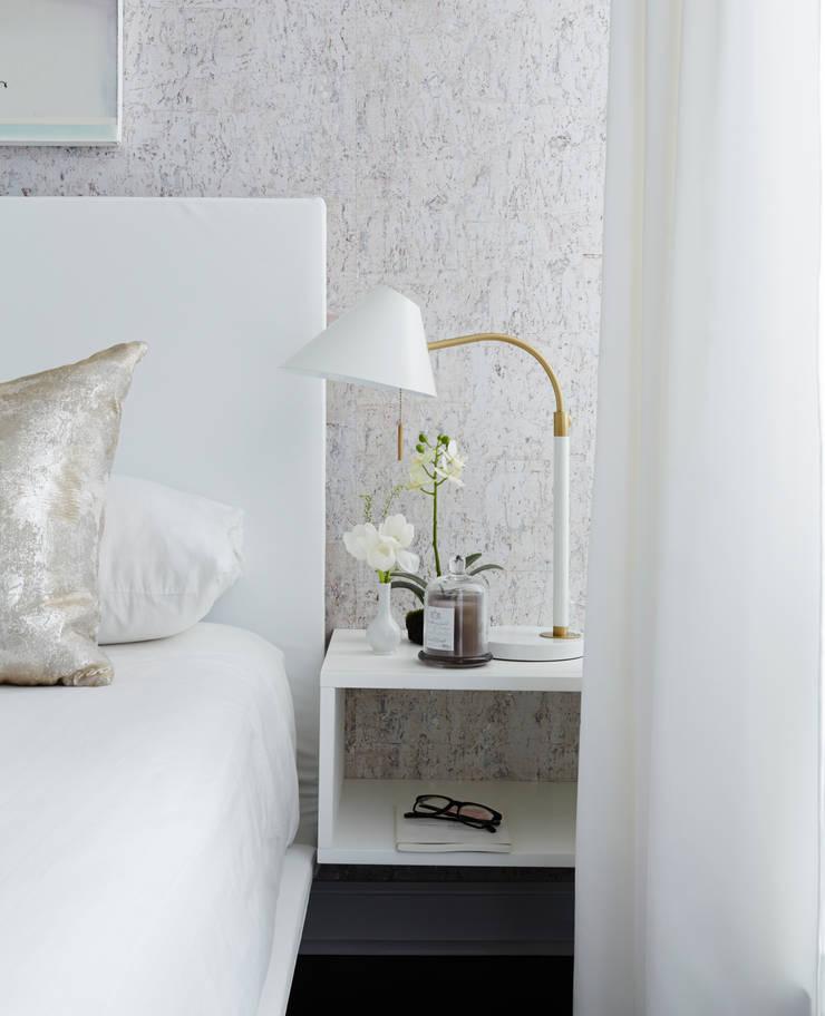 Bedside:  Bedroom by Douglas Design Studio
