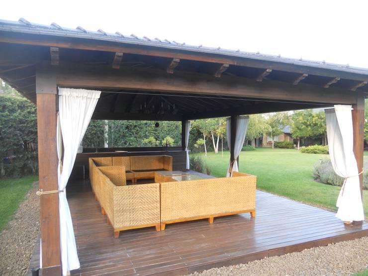Proyecto terminado: Livings de estilo  por Hornero Arquitectura y Diseño,