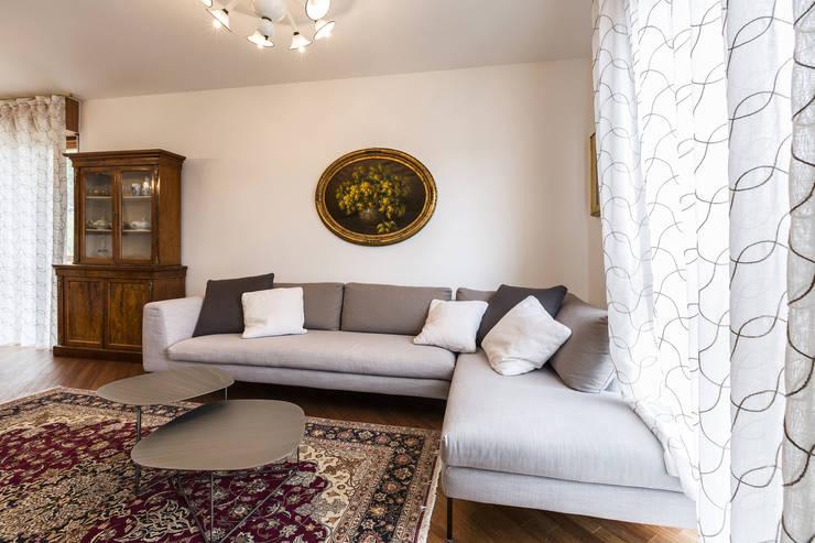 Phòng khách by Elia Falaschi Photographer