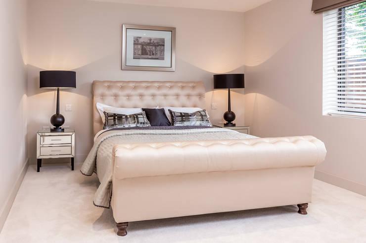 Projekty,  Sypialnia zaprojektowane przez SMB Interior Design Ltd