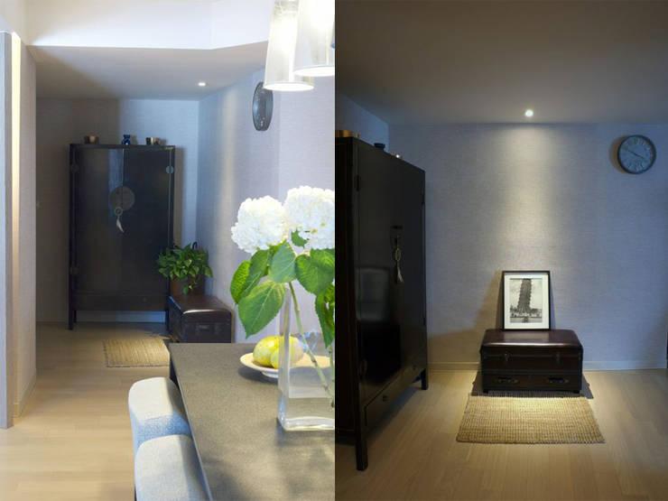 懷舊玄關:  走廊 & 玄關 by 果仁室內裝修設計有限公司