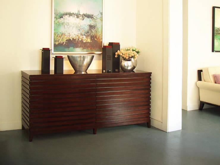 二樓家具展示:  餐廳 by 果仁室內裝修設計有限公司