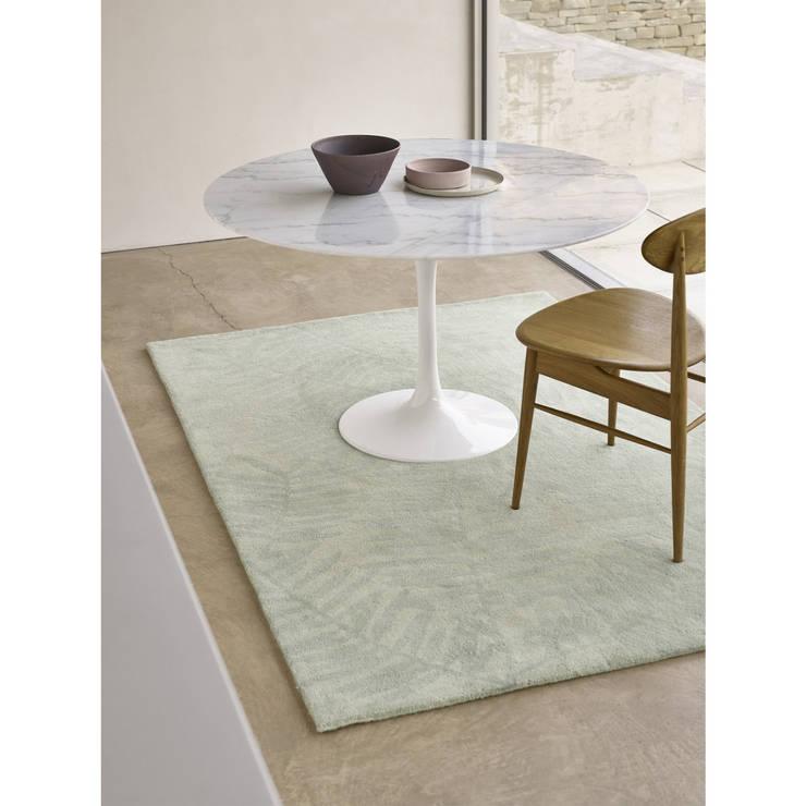 Bonsoni Pedro Leaf Subtle Design Palm Hand Tufted Blue/Grey 100% Wool Rug 120 x 170cm:  Walls & flooring by Bonsoni.com