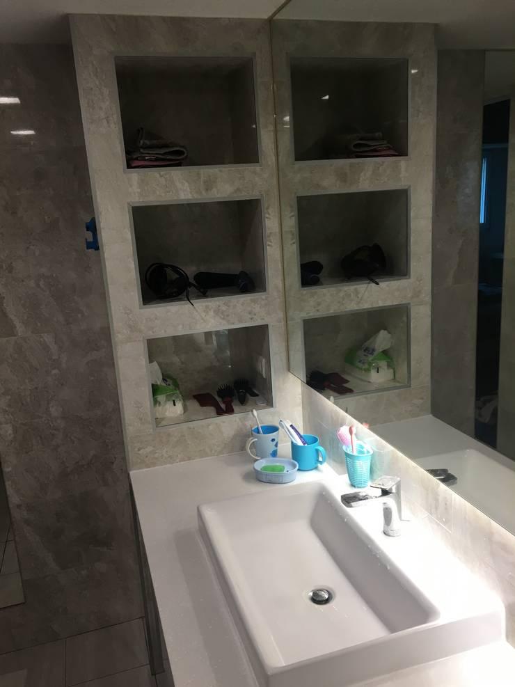 飯店式衛浴設備 小預算大裝修:  浴室 by 捷士空間設計(省錢裝潢)