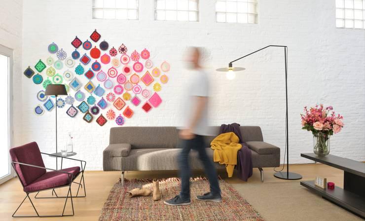AUDE fauteuil - NOA sofa: modern  door MOOME, Modern Textiel Amber / Goud