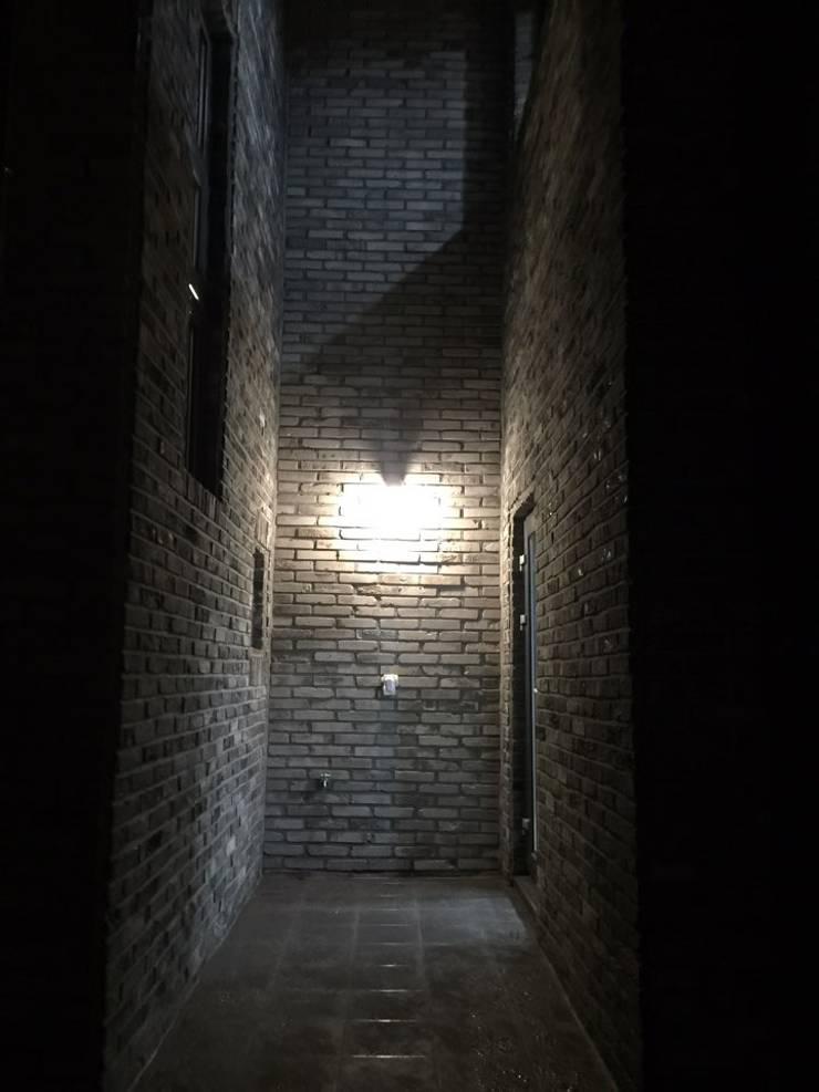 제주영어교육도시: 원건축의  벽,
