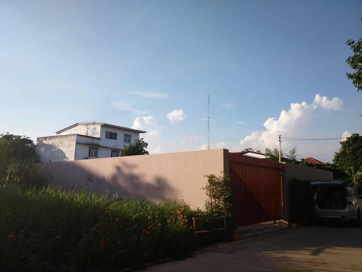 YEAK27 HOUSE.:   by NAADstuido