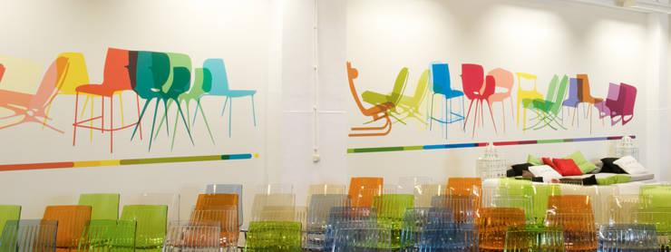 grote Saal muursticker ontworpen door Angela Jansen:  Evenementenlocaties door INinterieurs, Modern