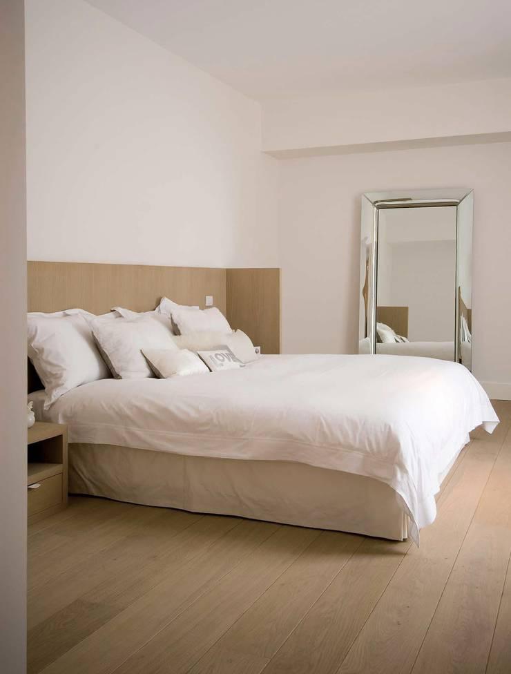 slaapkamer:  Slaapkamer door kb ontwerpbureau bvba