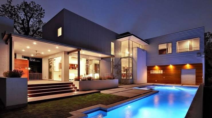 Casa Aleja: Bodegas de estilo clásico por Arquitecta Alejandra
