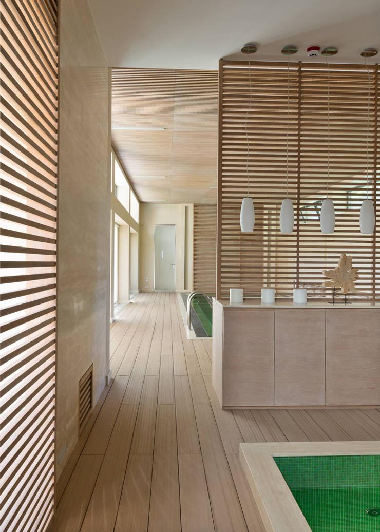 minimalistic Spa by Olga Stupenko Design