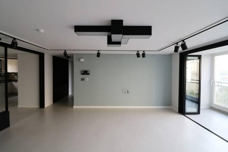 해운대구 좌동 효성코오롱아파트: 예가컴퍼니의  거실,