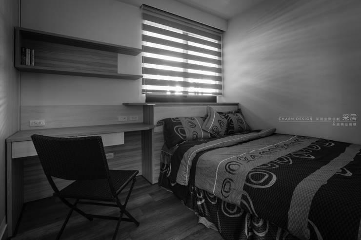 聯上峰景舒適宅:  臥室 by 采居空間設計/系統傢俱