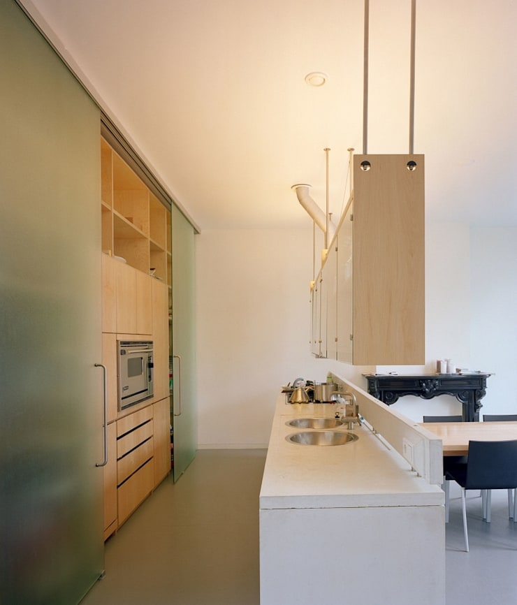 Keuken:  Keuken door Hugo Caron Architecten bna, Modern