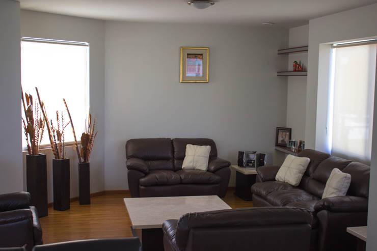 غرفة المعيشة تنفيذ Arq. Beatriz Gómez G.