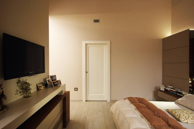 Pareti Bianche E Oro : 10 esempi di colori per le pareti caldi e raffinati