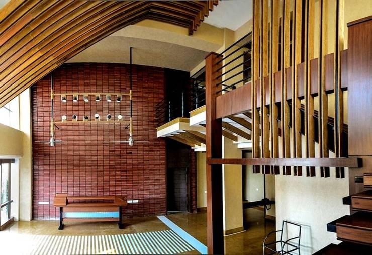 REN Technologies-Interior design:  Office buildings by Chaukor Studio,Modern