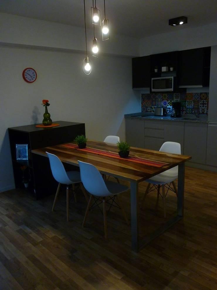 Living:  de estilo  por MINBAI,Moderno Madera Acabado en madera