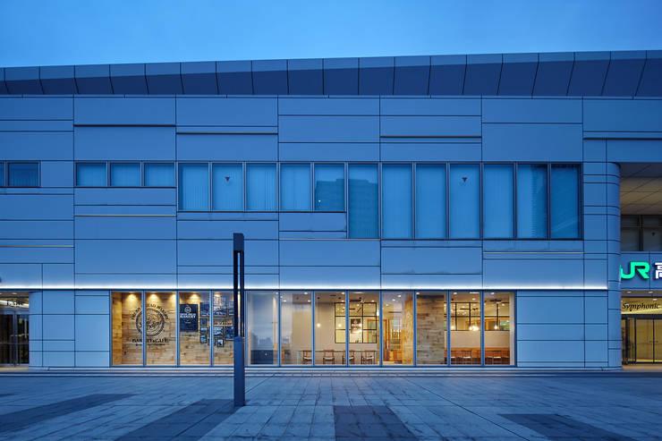   Pane Delicia 高崎駅店: 一級建築士事務所 こよりが手掛けた家です。